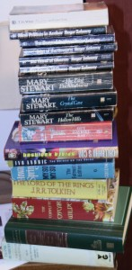 15 books tower