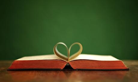 Book love heart